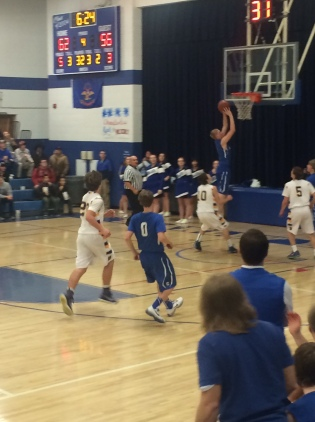 Blue Jay Wyatt Hanson cruises in for a layup