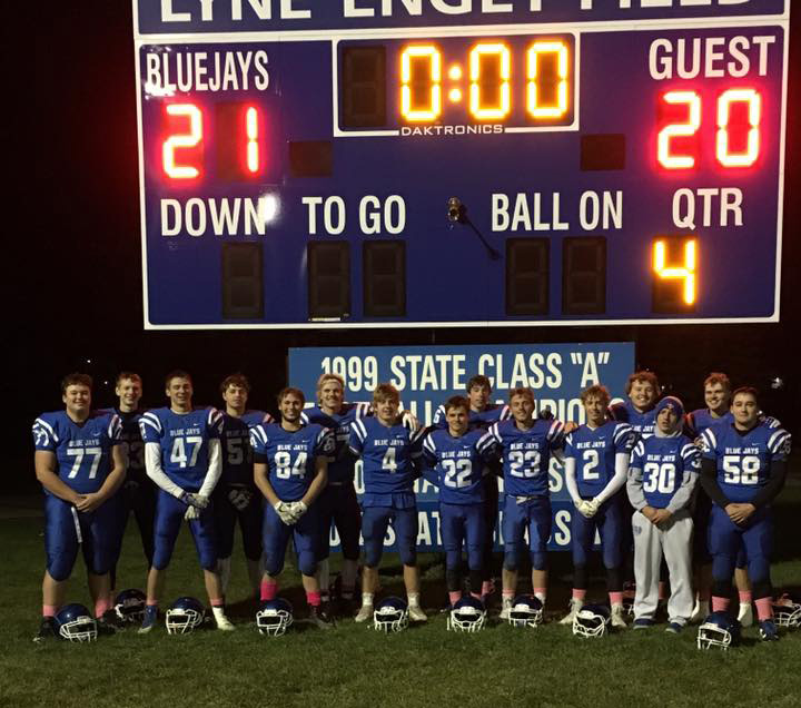 senior-football-players