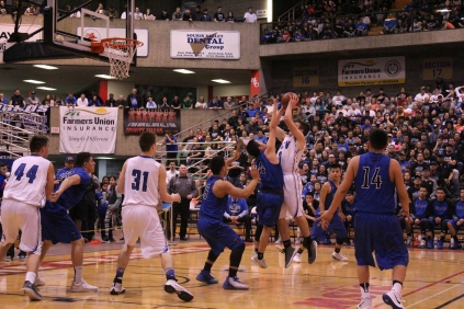 Hillsboro/CV vs. Four Winds-Minnewauken (Photo by Ian Grande)