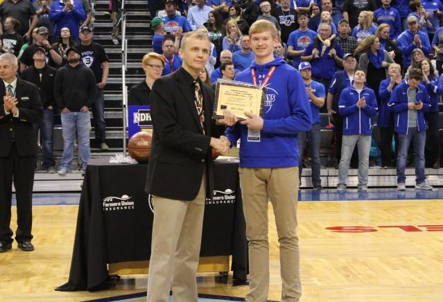 Wyatt Hanson North Dakota Class B Senior Athlete of the Year